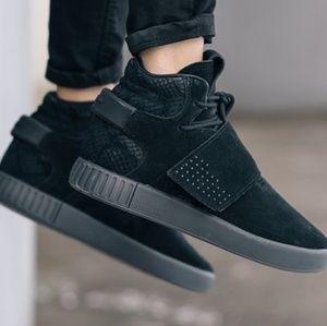 Adidas zapatos zapatillas de deporte poshmark invasor tubular Correa todo negro